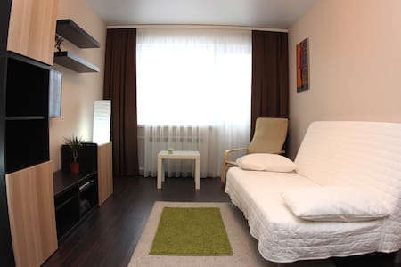 Альфа Апартаменты: Шведский стиль и спальный район - 鄂木斯克 - 公寓