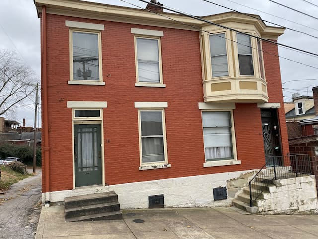 Spacious 1 Bedroom North Wheeling Apartment