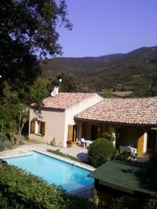 Romantic Villa Amongst Vineyards - Berlou - Villa