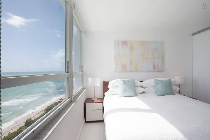 New 16th Floor Beachfront 180º Oceanview Apartment - Miami Beach - Apartament
