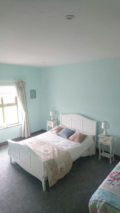 Triple room. Double and single bed
