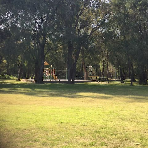 Park frontage to enjoy