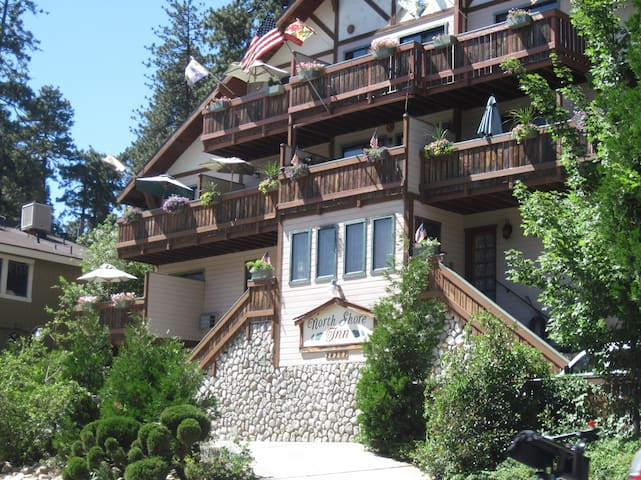 Lake Gregory/ North Shore Lodging