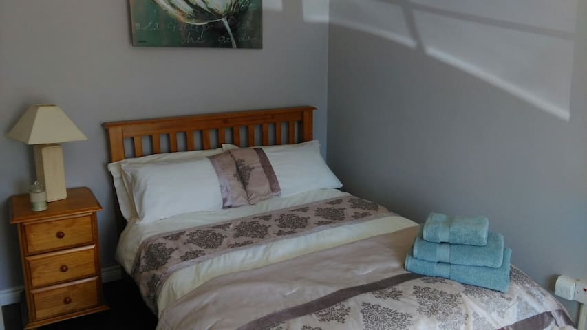 Private double room that's warm and welcoming