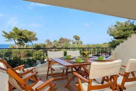 Nice apartment by the beach  - Chamolia