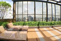 Rooftop Garden with great view for relaxation