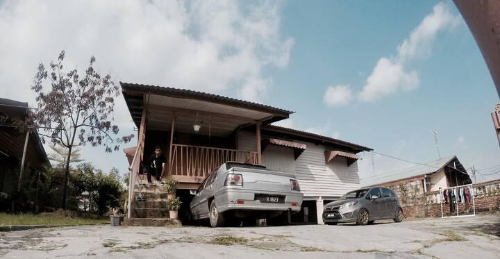 IKAN2 House