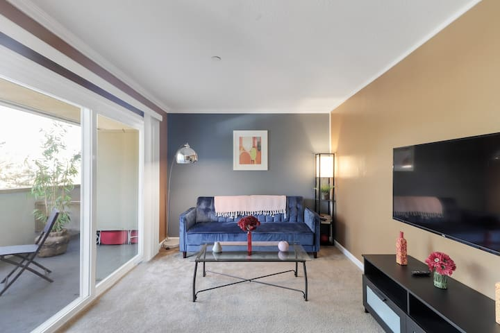 ❤️NEW! Ultra sleek 5 min to SFO, BART, Train