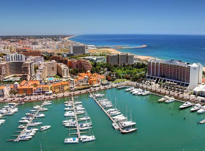 """Comfortable Loft Apartment """"Loft na Marina Vilamoura"""" with View over the Harbour & 2 Balconies; Parking Available"""
