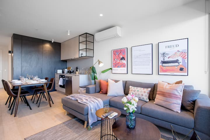 Comfy sweet home 3Beds@Parkville with Netflix
