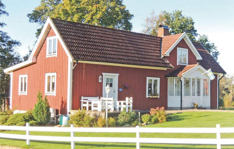 Holiday cottage with 3 bedrooms on 122m² in Rydaholm