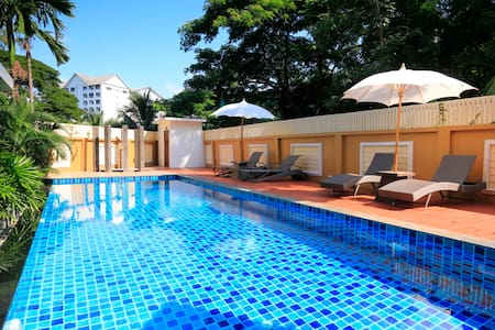 Excellent Location with Pool and Mountain Views - Chiang Mai