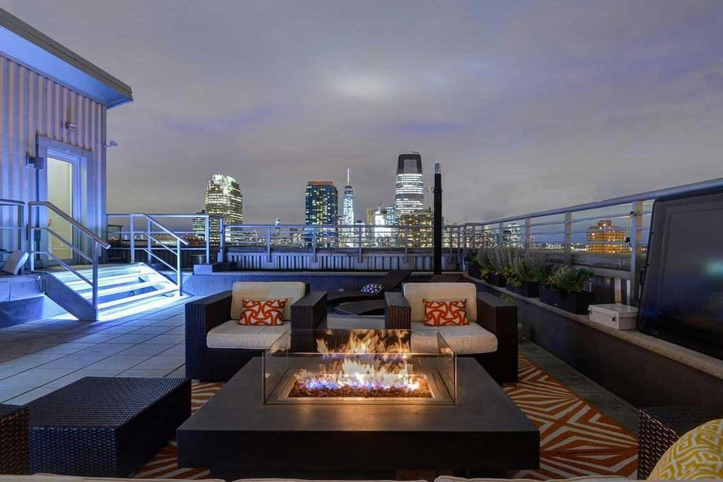 Sunny 3BD High Floor Gym Pool Apartments For Rent In Jersey City New J