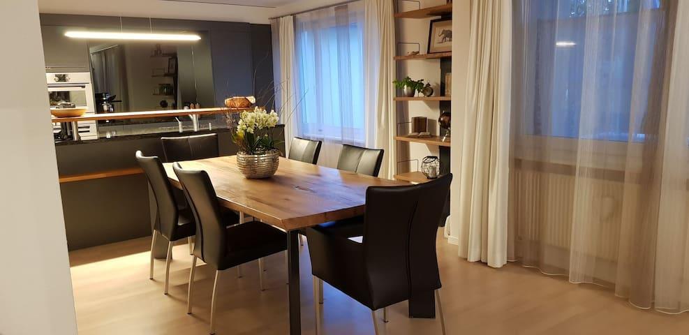 """Chez Mimi"" - moderne Wohnung zw. Solothurn/Bienne"