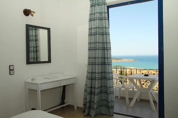 Alexis Hotel Rooms in Chania Town - Chania