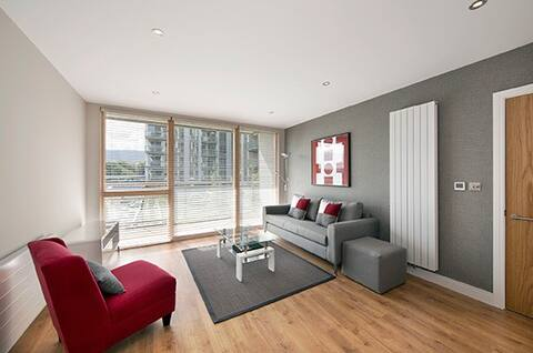 Entire Two Bedroom Apartment in Central Park