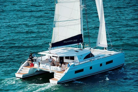 Luxury catamaran Ibiza / Formentera