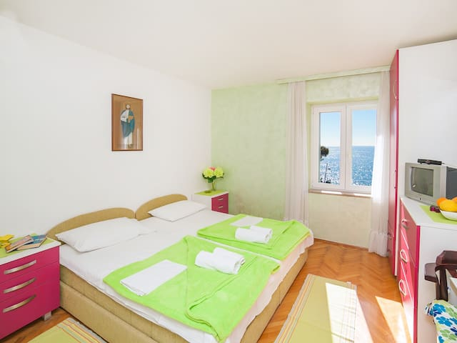 Apartments Adria-Comfy Studio with Shared Balcony