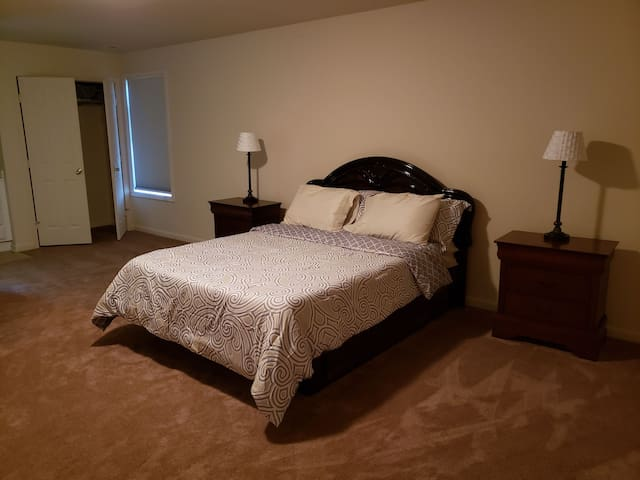 Richmond/Kings Dominion Area* Large Rm SF Home-Rm2