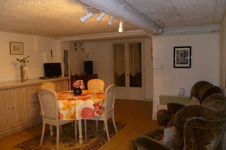 Appartement dans villa - Appartamento