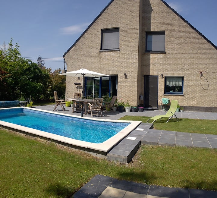 House ,3 Rooms  Maarkedal close to Gent
