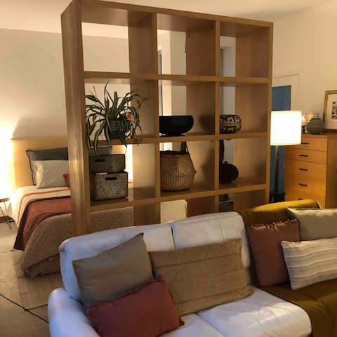 Apartamento encantador com pátio