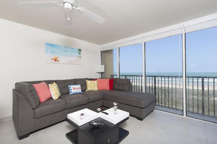 Owners Special Newly Remodeled Beachfront Condo 6
