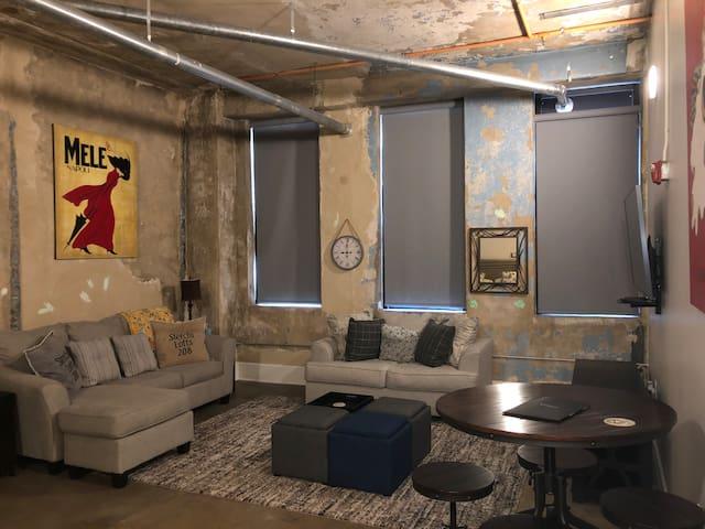 Cozy Downtown Knoxville Studio near UT