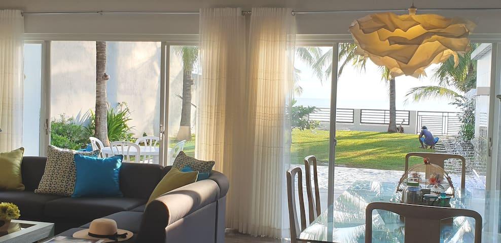 Casita Beachfront Staycation