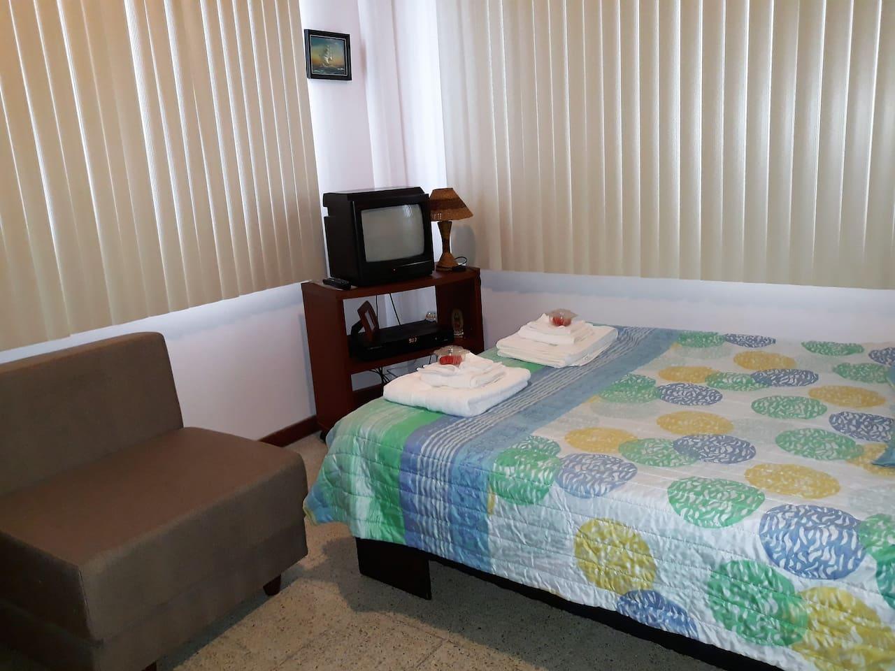 Bedroom 2: 1 Full bed and 1 single sofa bed. Sleeps 3