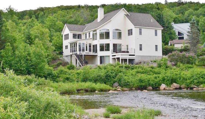 Bretton Woods Rivers Edge