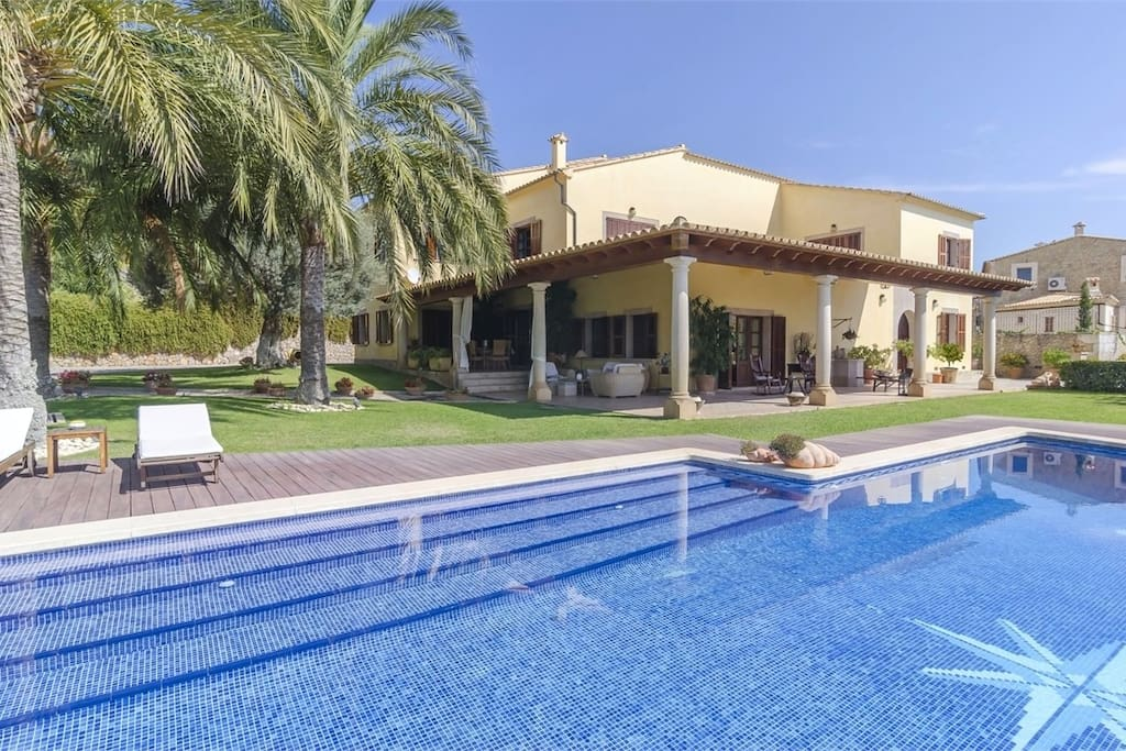 Can noblesa villas for rent in selva illes balears spain for Gimnasio illes