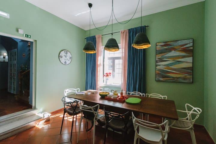 Cascais, Eco Lj Hostel,  4 pax Dorm En-suite