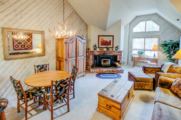 AC305 - Mountain View - Mammoth Lakes - Appartement
