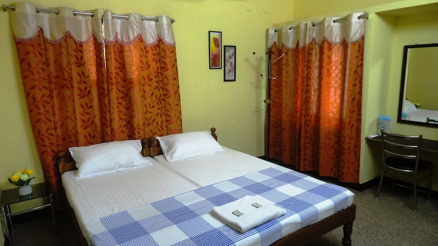 SWARNA STAY - EXECUTIVE ROOM - A/C