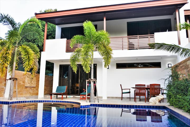 Beach House Rayong - Extravagant Hus m Privat Pool