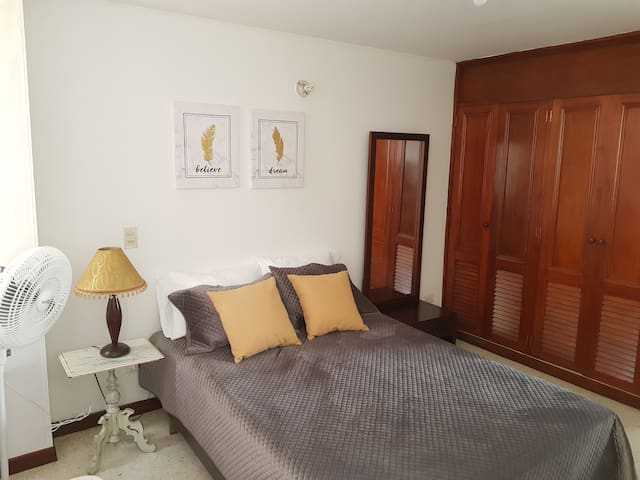 Cozy, private and secure apartment in San Fernando