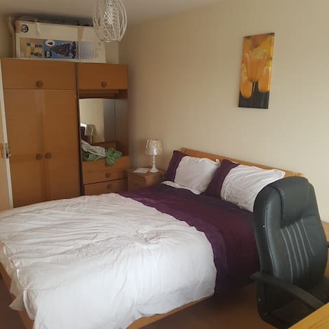 private room with double bed R.A