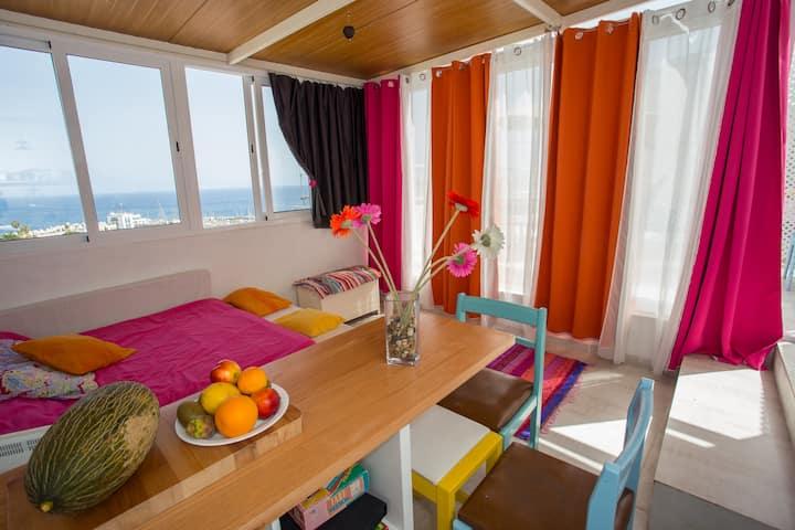 Sunny roof apartment in Playa Mogan. 250m to beach