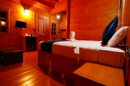 Wooden Cottage-Snuggled up in the 22Acres of Land - Idukki - Huoneisto