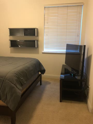 Bedroom in Fresno