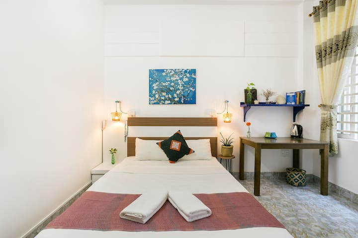 4*7*8| Cozy-balcony room | Local area for foodies