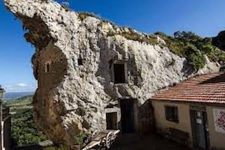 Casa indipendente a pochi km dal mare - Sedini