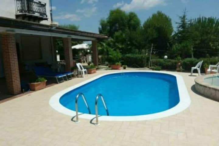 Agrigento pool 2. free booking for women