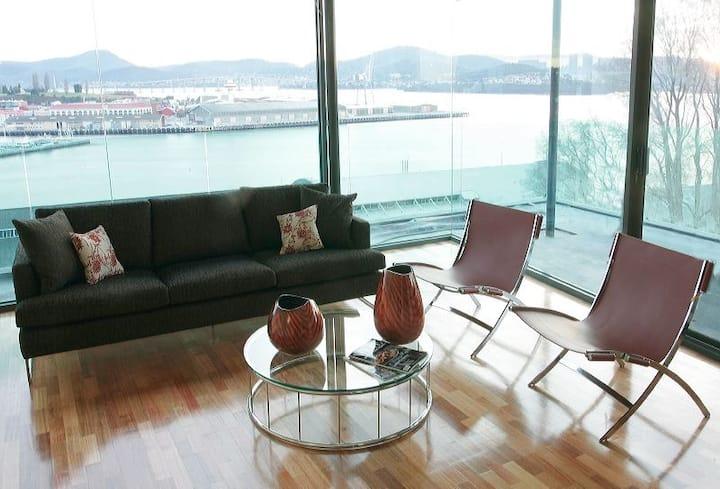 Lenna Penthouse Apartment