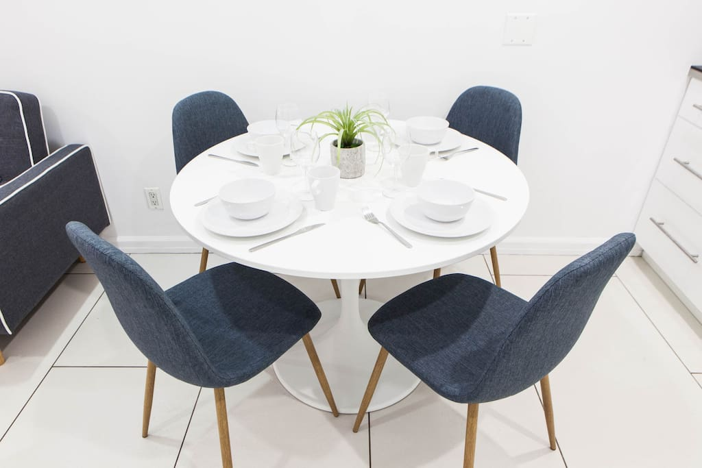 Dining table 4 chairs to have you meals