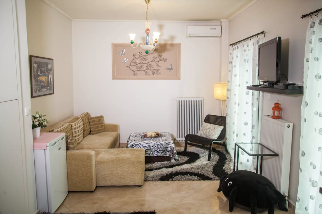 At the living room you will find a comfortable sofa that turns into a comfortable bed.