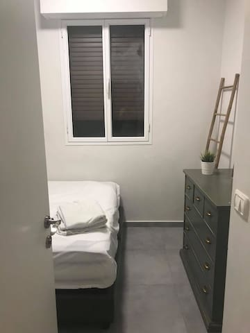 CleanBrand New Furnished Apt next to TLV Beach