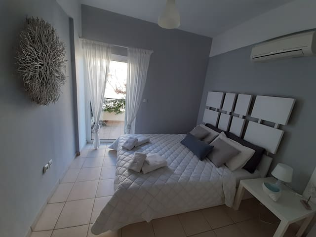 Miramar Complex Korfos - Villa Destiny