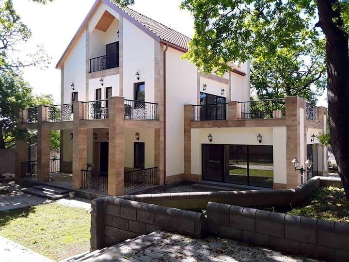 Kojori house
